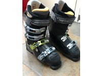 Salomon sensifit Women's ski boots in great condition