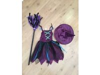 Girls Halloween witch outfit with hat & broom 5-6