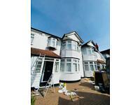 Professional painters / 150 per room /interior/exterior