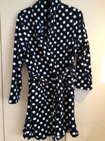 Ladies navy and white spot dressing gown