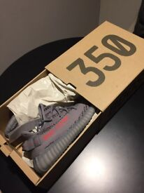 Yeezy Boost 350 V2 brand new launched 25/11