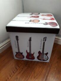 Guitar notes box