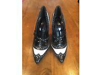 Tory brunch heels