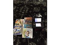 AS NEW 3 DS WITH CHARGER AND GAMES