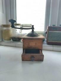 Traditional Vintage Wooden Spice Grinder