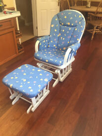 *** Beautiful Rocking Chair and glider stool in excellent condition ***