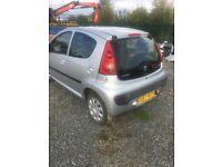 Peugeot 107, silver 5 door