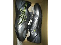 BNWT ASICS men's trainers size 11