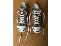 Converse All Stars size 5
