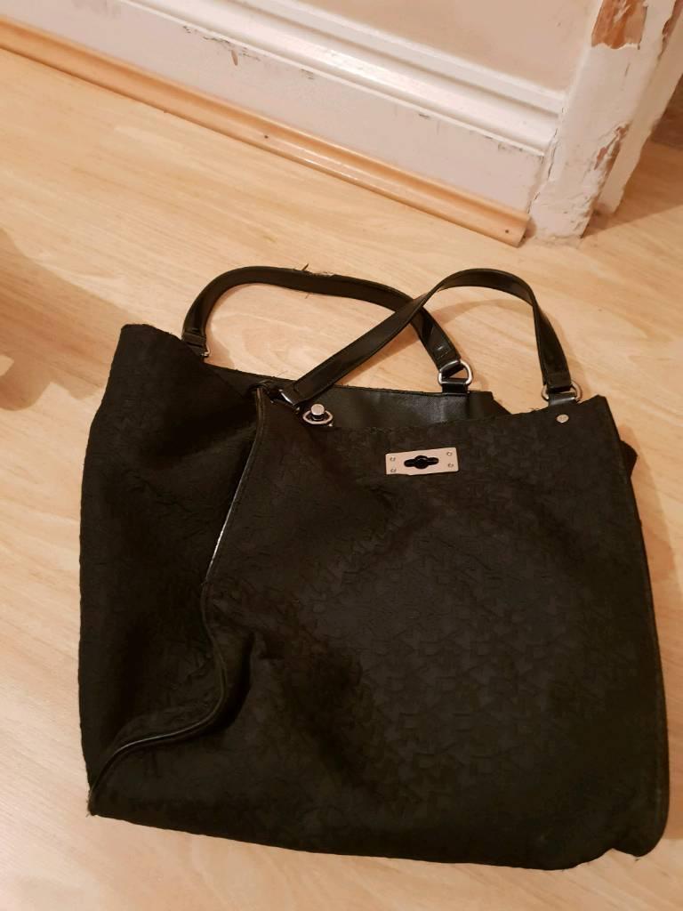 498456e9957d Genuine DKNY Handbag. Enfield ...