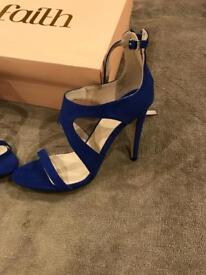 Faith strappy Blue sandals size 6 - new