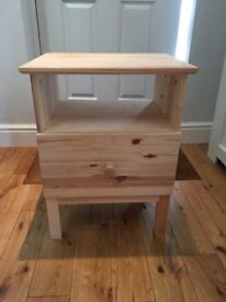 Bedside table, excellent condition