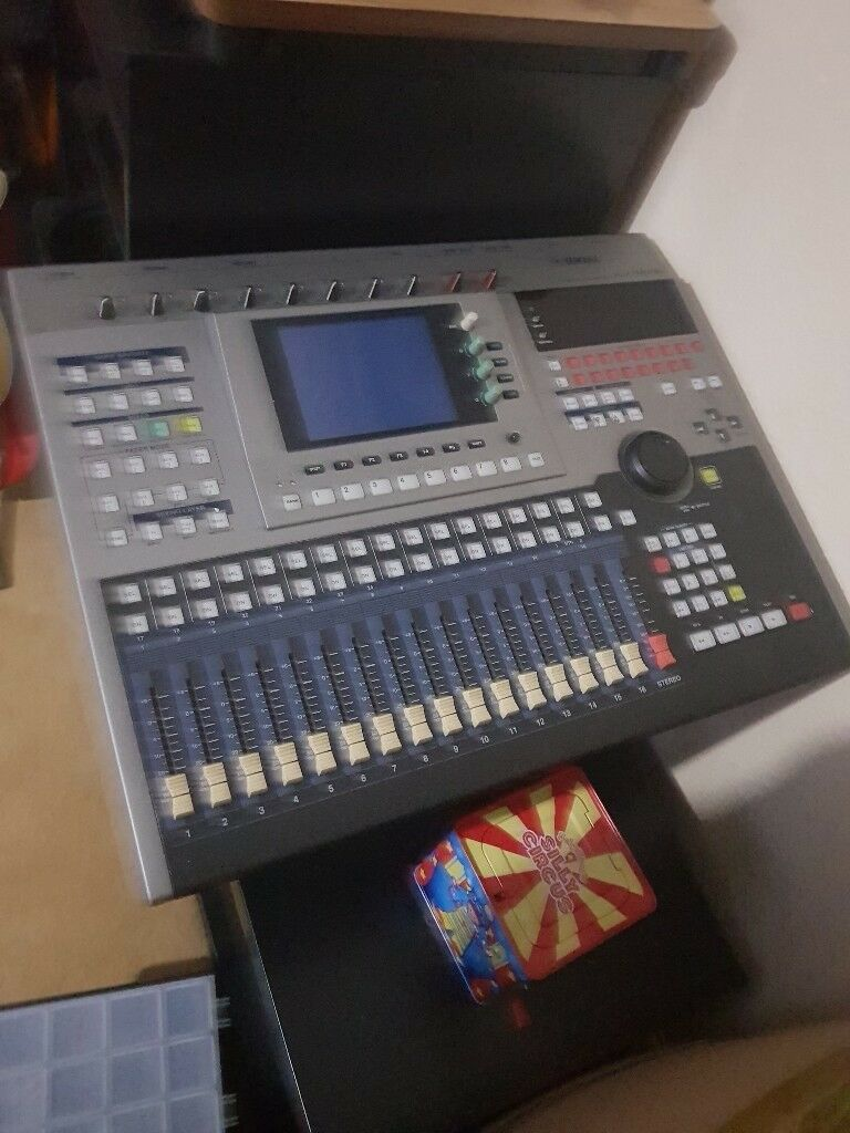 professional audio workstation mixer recorder yamaha aw4416 in westbury on trym bristol gumtree. Black Bedroom Furniture Sets. Home Design Ideas