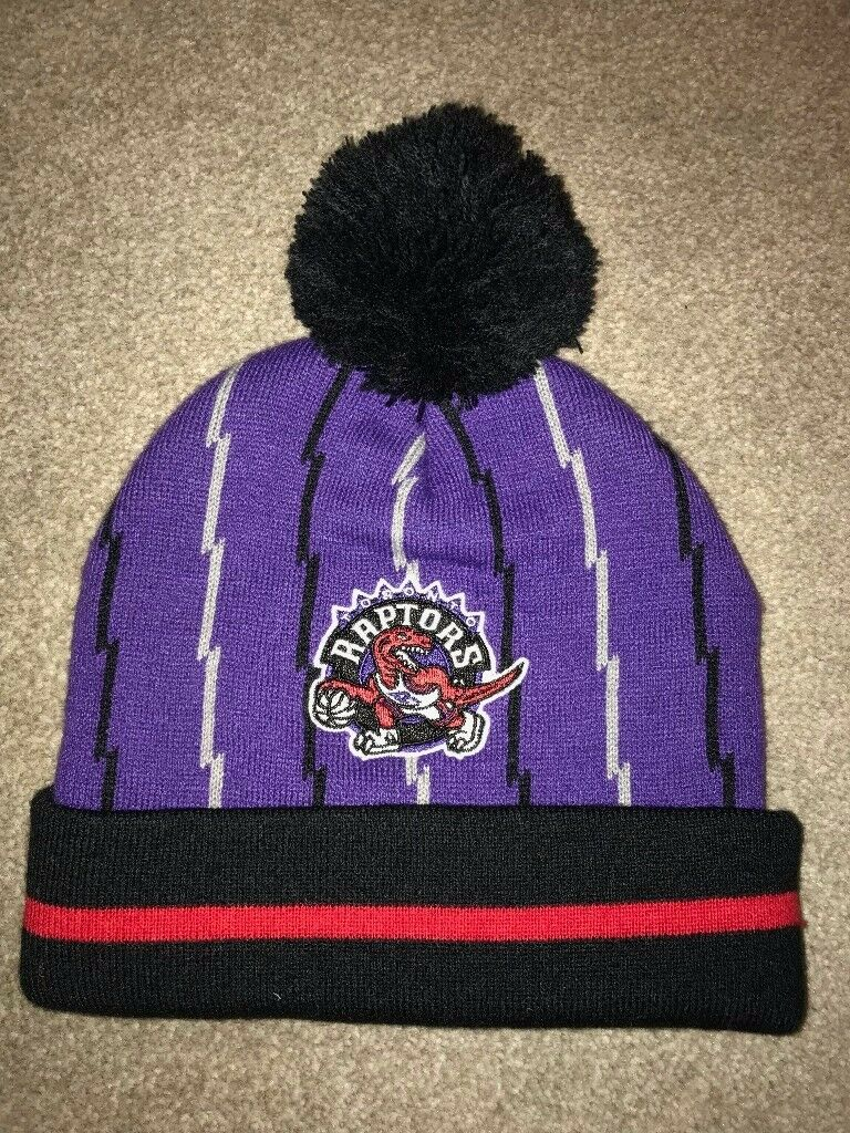 MITCHELL AND NESS TORONTO RAPTORS NBA BEANIE HAT