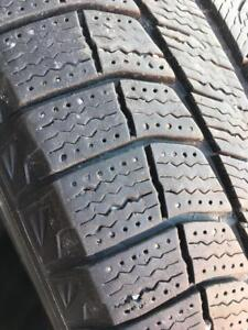 255/55/18 Michelin latitude Xice 7-8/32