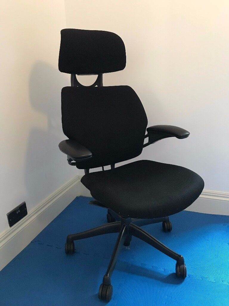 Humanscale Freedom Chair, with headrest and adjustable armrests