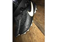 Nike tiempo legacy FG boots size 9.5
