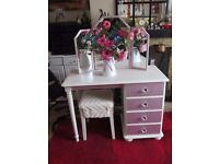 Dressing table/triple mirror/stool