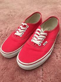 Vans red low top unisex trainers Size 6.5 U.K. Eur 40