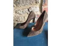 Real Suede khaki brand new heeled court shoes size 7