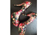 Flowery OFFICE heels