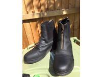 Women's short riding boots