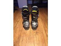 Solamon Ski boots size 6-7