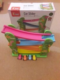 Viga wooden car slider