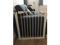 Baby safety gate (babyStart)