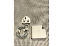 Apple MacBook Pro USB-C Charger + 2m USB-C Cable (BRAND NEW)