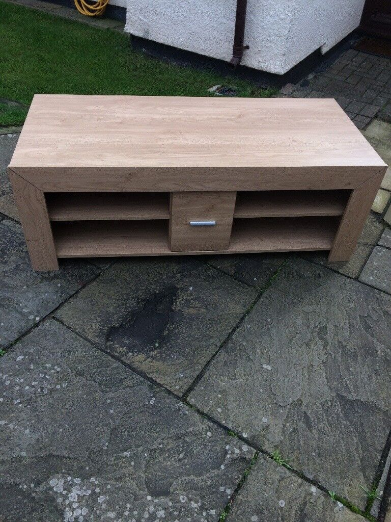 Light beige TV stand, good condition, £25