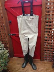 Snow bee chest waders