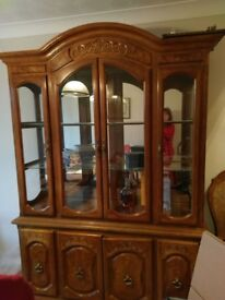 Dining table, 6 chairs (including 2 carvers) plus sldeboard