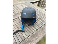 Child's ski helmet (medium)