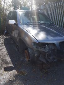2001 BMW X5 3.0D AUTO BREAKING FOR PARTS