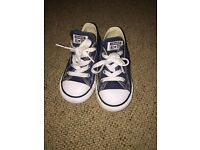 Navy blue toddler converse size 8 perfect condition
