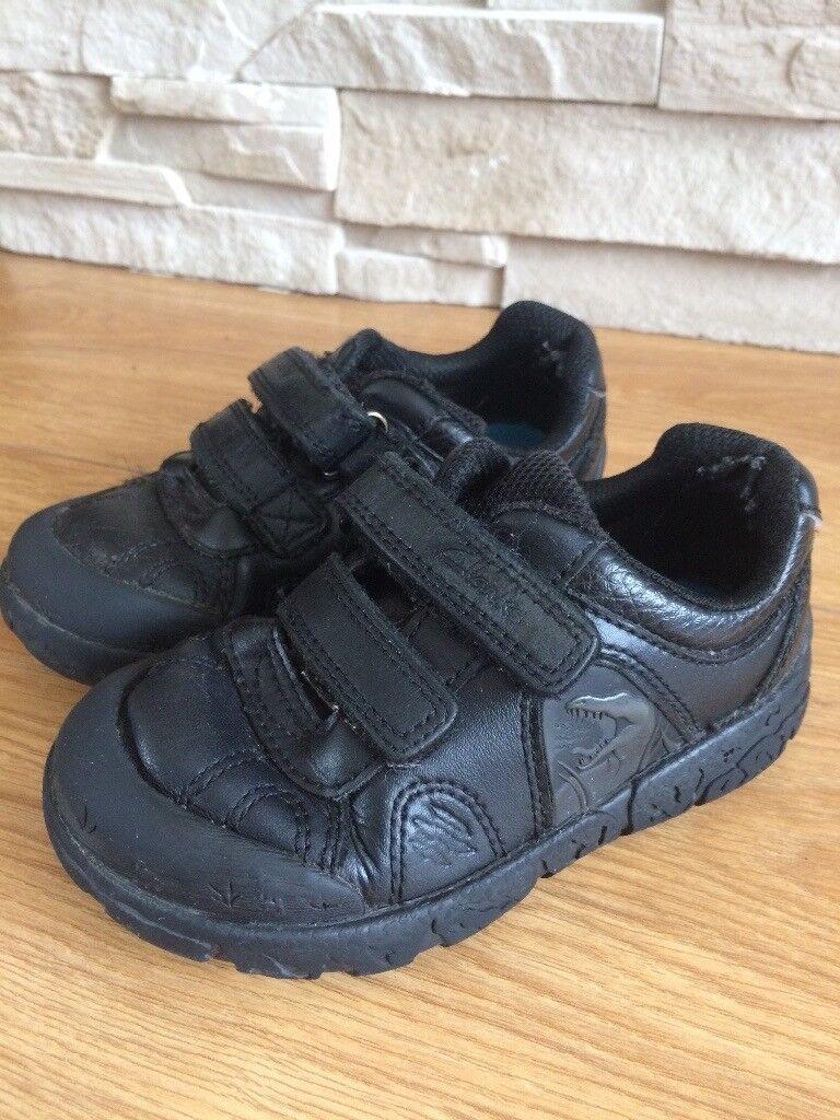 Clarks Boys School Shoes-size 7.5F  327ecd3220dc