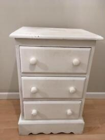 Solid pine 3 draw cabinet