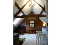 Stunning attic suite to let in beautiful listed house in Witney.
