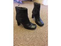 Ladies heel boots UK 5