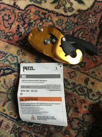 Petzl Climbing rig/ self braking descender/ rope access