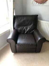 ***BROWN LEATHER RECLINER ARMCHAIR ***