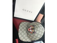 Gucci angry car print cap (brand new)