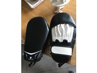 boxing punch / kick pads mitts BRAND NEW