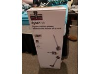 Dyson v6 cordless hoover great condition must see