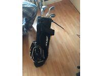 Dunlop kids golf bag and clubs