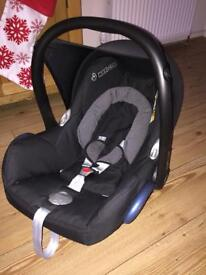 Cabriofix car seat and isofix base