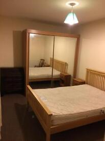 Double room to let in PO1