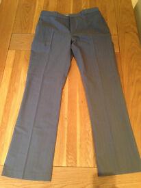 DKNY Smart Men's Grey Trousers (34R)