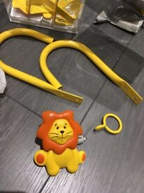 1.2m 2m Metal Childrens Yellow Orange Lion Extendable Curtain Pole & MATCHING TIEBACKS